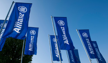 Allianz Flags 1